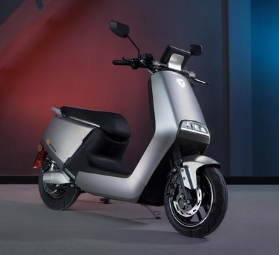Yadea helps travelers go further and stay safe this summer with its G5 smart lithium e-moped series.